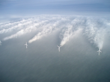 https://millicentmedia.files.wordpress.com/2012/09/horns-rev-1-owned-by-vattenfall-photographer-christian-steiness.jpg