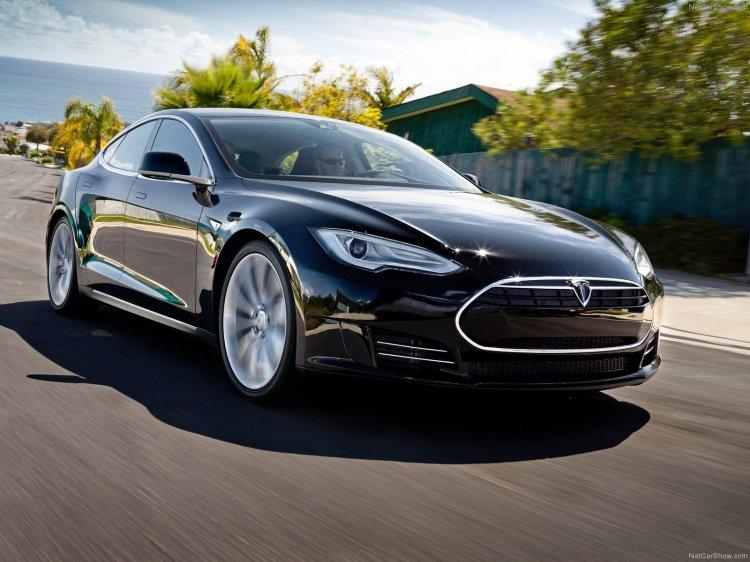 Tesla-Model_S_2013_1600x1200_wallpaper_02